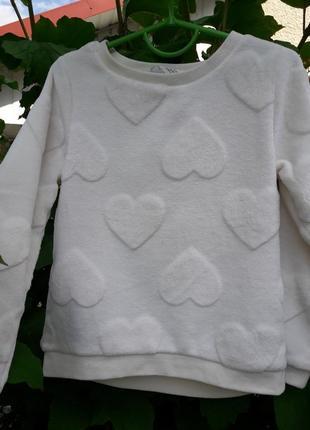 Нарядный и тёплый свитерок