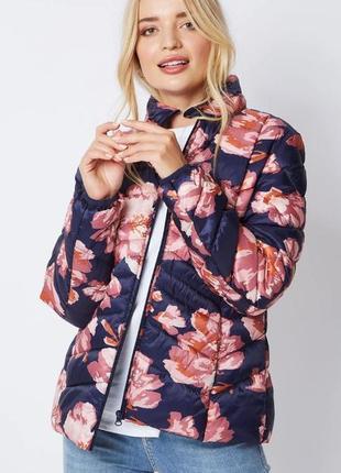 Демисезонная курточка в цветы