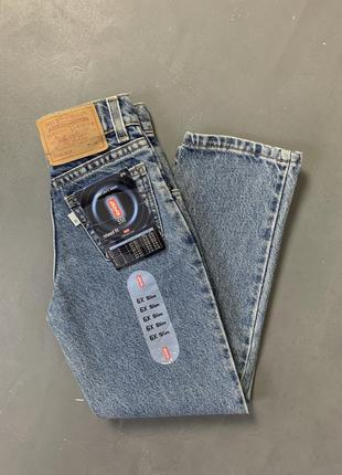Детские джинсы мом винтаж levis оригинал.