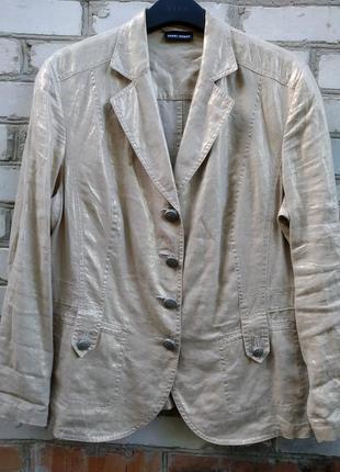 Льняной пиджак с лазерной накаткой