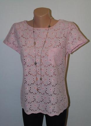Розовая натуральная футболка с прошвой