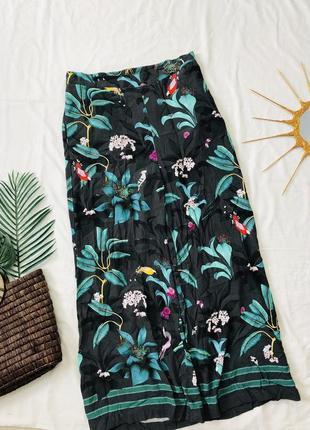Летние брюки кюлоты в цветах