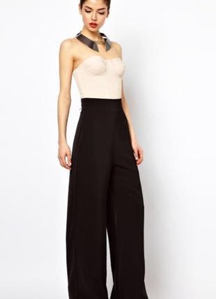 Коричневые широкие брюки палаццо от бренда   yessica