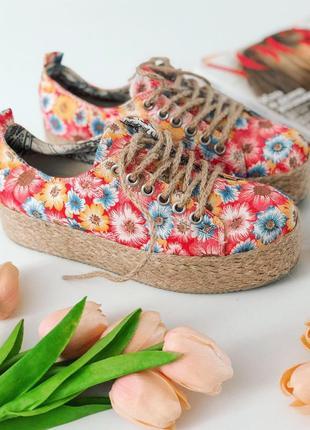 Літні яскраві кріперси в квіти нові 36 розмір