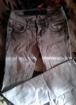 Джинсы варёнки!джинсы белые!36 s!