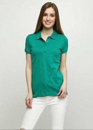 Зеленая футболка поло c&a  размер m