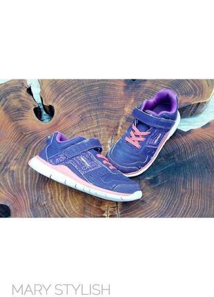Легкие удобные кроссовки newfeel