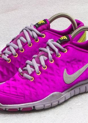 Кроссовки  женские для спорта  nike wmns free trainer fit winter pink р 37,5 - 23,5 см