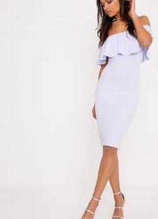 Красивое платье нежно-голубого цвета