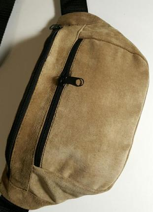 Объемная бананка из натуральной кожи замши кожаная сумка на пояс на плечо