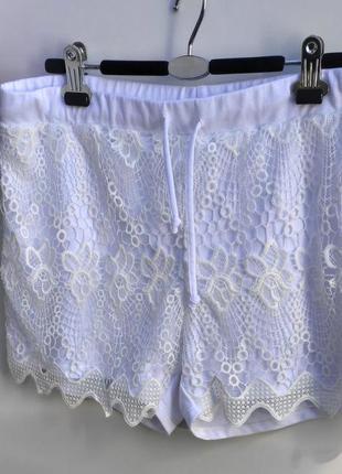 Жіночі білосніжні шорти з кружевом janina розмір 50