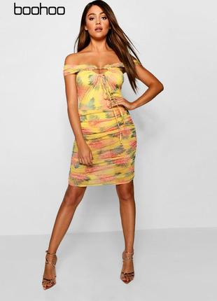 Яркое платье в сетку с боди boohoo