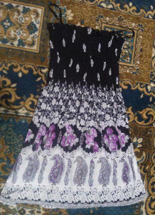 Плаття в квіти