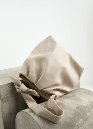 Мягкая сумка с  декоративным бантом zara