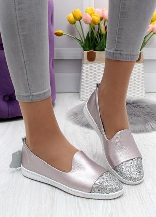 Новые женские кожаные розовые туфли балетки