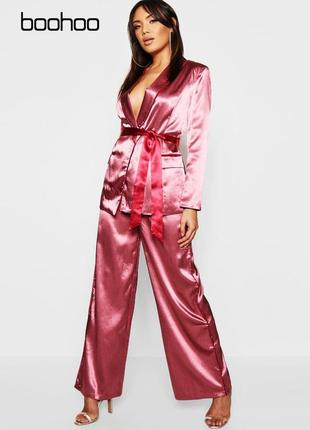 Новые широкие атласные штаны в пижамном стиле boohoo1 фото