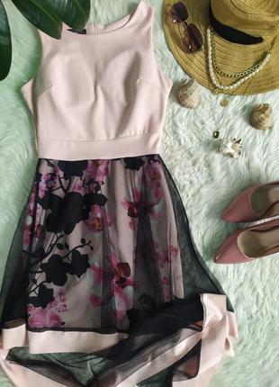 Нарядное стильное платье в цветочек с асимметричным подолом в сетку италия