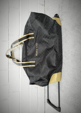 Дорожная сумка на колесиках mary kay