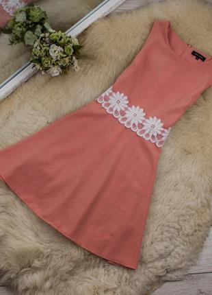 Красивое платье от new look рр 10 наш 44