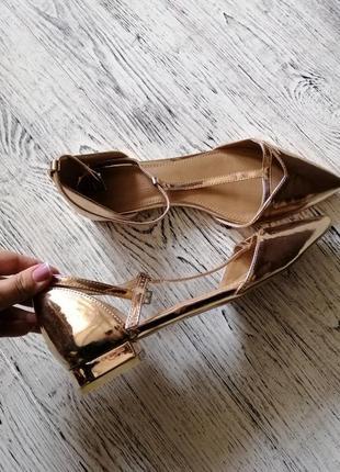 Туфли балетки с острым носком асос asos