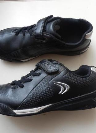 Кожаные кроссовки clarks 33,5р 22см