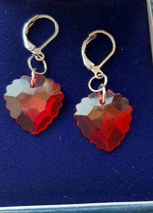 Красивые прозрачные серьги серёжки сердце красн серебр замок лёгк