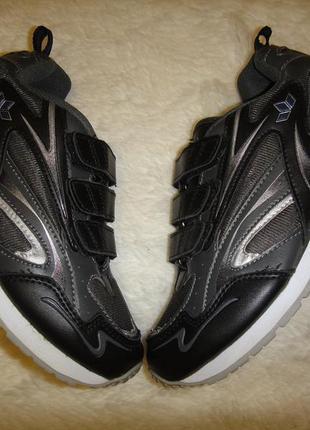 Брендовые крепкие кроссовки lico р.35-36 (22,5 см)