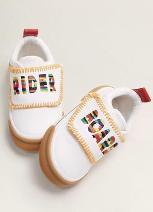 Кроссовки, туфли детские 25 размер