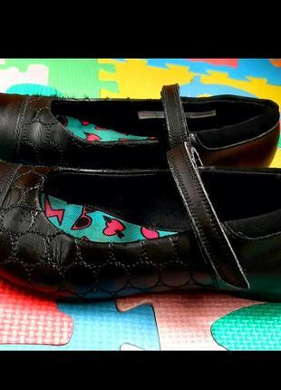 Туфли школьные clarks