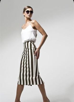Фирменная стильная качественная натуральная котоновая стрейчевая  юбка