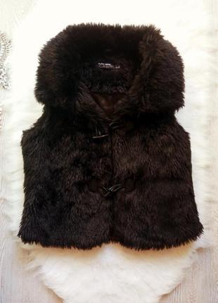 Черная искусственная короткая меховая жилетка накидка теплая безрукавка пушистая