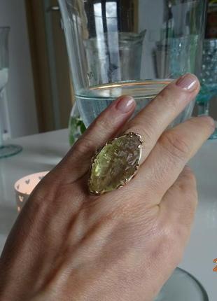 Невероятное кольцо с огромным настоящим бериллом