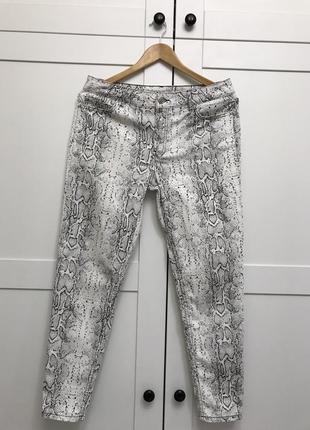 Стильные летние джинсы