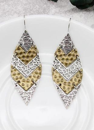 Стильные комбинированные серьги в форме листика бронза+серебро