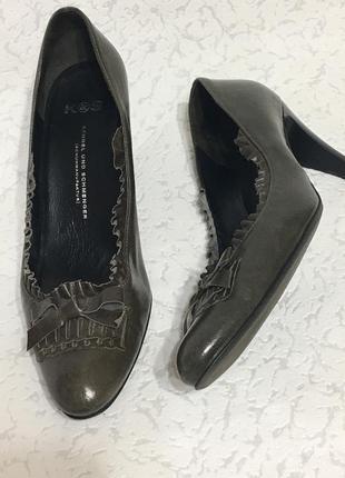 Очень крутые кожаные туфли оригинал дорого бренда