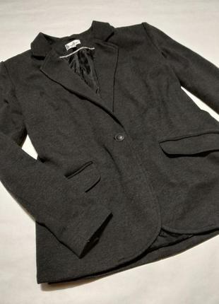 Пиджак серый базовый жакет