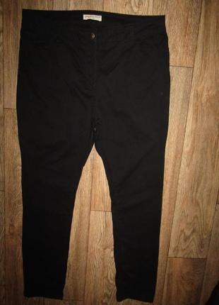 Натуральные брюки р-р 16-18 бренд papaya