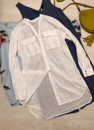 Удлинённая идеальная белая рубашка с накладными карманами бохо минимализм