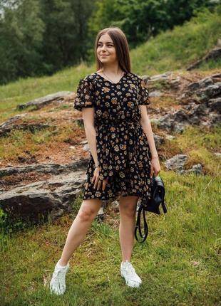 Платье на лето из шифона в цветочный принт