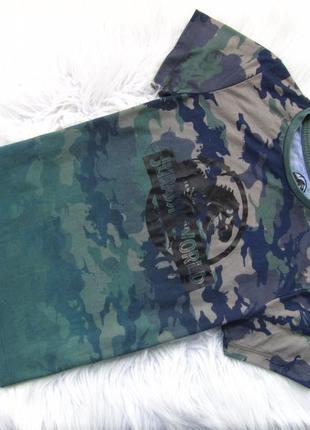 Стильная футболка primark jurassic world.