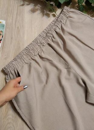 Отличные светлые брюки штаны бриджи капри
