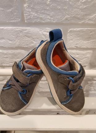 Туфли для малыша clarks в размере 21