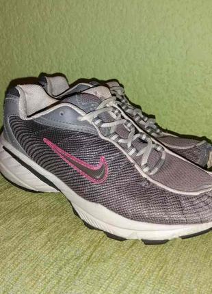Крутые кроссовки от nike оригинал