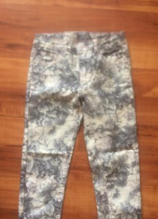 Стильные летние джинсы р.140-146 см