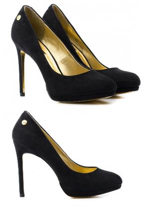 Новые чёрные туфли на каблуке в замшевом стиле размер 35.5-36 blink