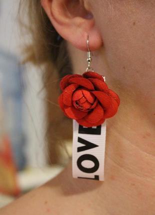 Тренд! модные серьги с лентой цветок красный любовь love сережки серёжки