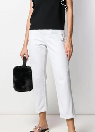 Моделирующие брюки джинсового кроя сток без этикетки