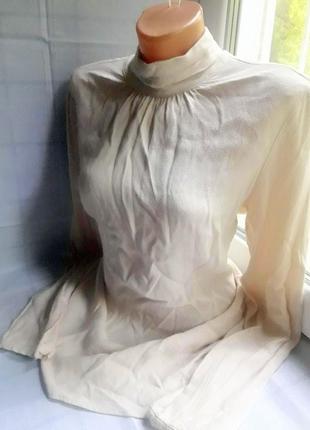 Нежно бежевая (нюдовая) удлиненная блуза с горловиной, туника, водолазка
