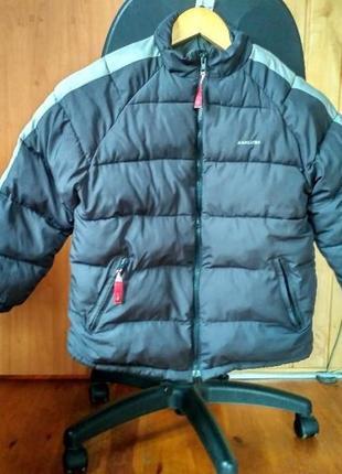 Куртка демисезонная на парня 9-10лет р 140