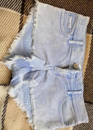 Короткие шорты hollister